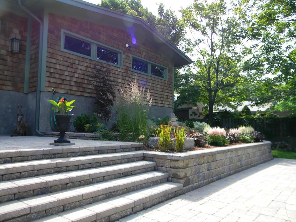 Planter wall garden